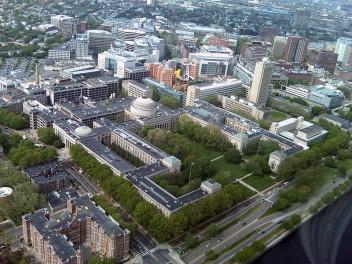 Instytut Technologii w Massachusetts (Fot. rKenneth, wikipedia.pl)