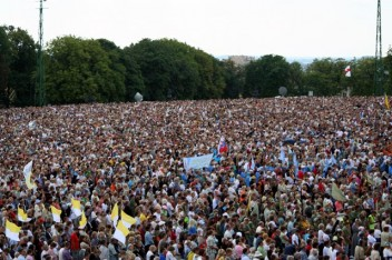 Pielgrzymka na Jasną Górę (Fot.Magnus Manske,Wikipedia.pl)