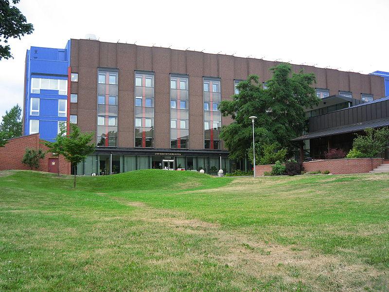 Karolinska Institutet (Fot.Oscar Franzén, wikipedia.org)