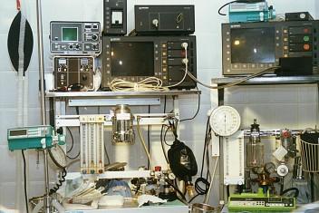 Fizyka sprzęt medyczny (fot.freeimages.com)