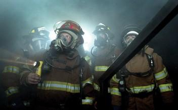 Bezpieczeństwo narodowe-strażacy (fot.morguefile.com)