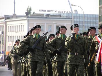 Żołnierz musi wykazywać się zdyscyplinowaniem (fot.freeimages.com)