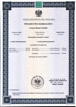 Przykład wypełnionego świadectwa maturalnego (fot.Wikipedia)