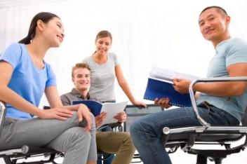 Współpraca ze studentami z całego świata (fot.freedigitalphotos.net)
