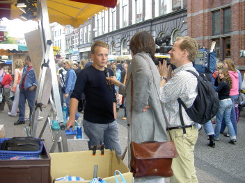 wywiad na ulicy(fot.freeimages.com)