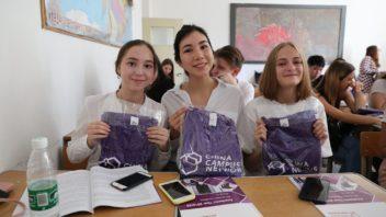 Studenci (źródło: studiawchinach.pl)