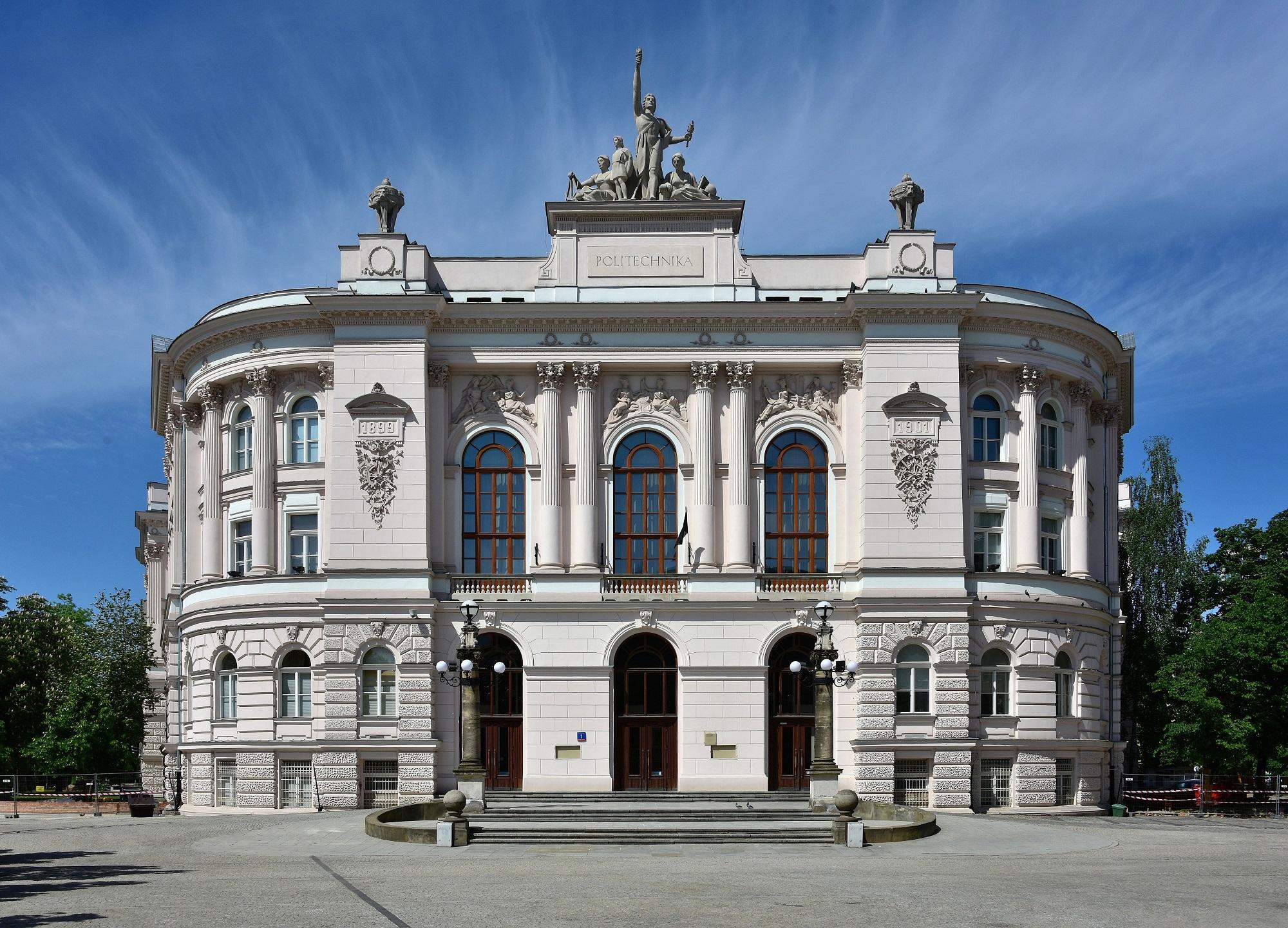 Gmach Główny Politechniki Warszawskiej (fot. Wikipedia)