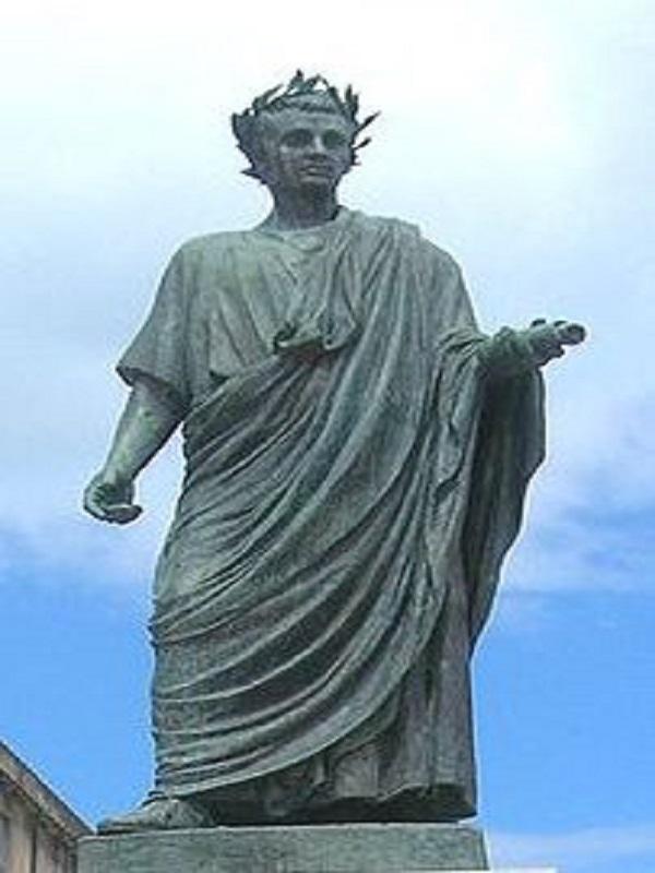 Pomnik Horacego w Wenuzji (fot. Wikipedia)