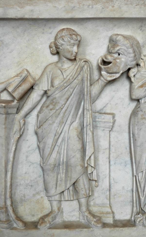 Talia, grecka muza komedii, trzymająca maskę komiczną (fot. Wikipedia)